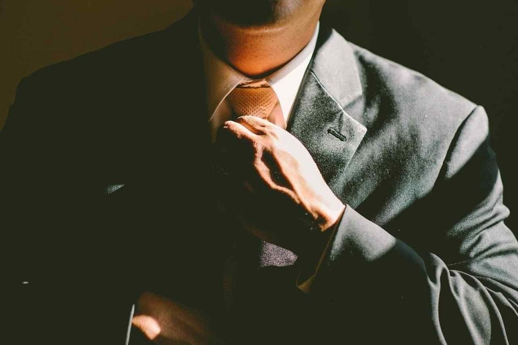 Look Professional At An Interview First Interview Tips For Freshers